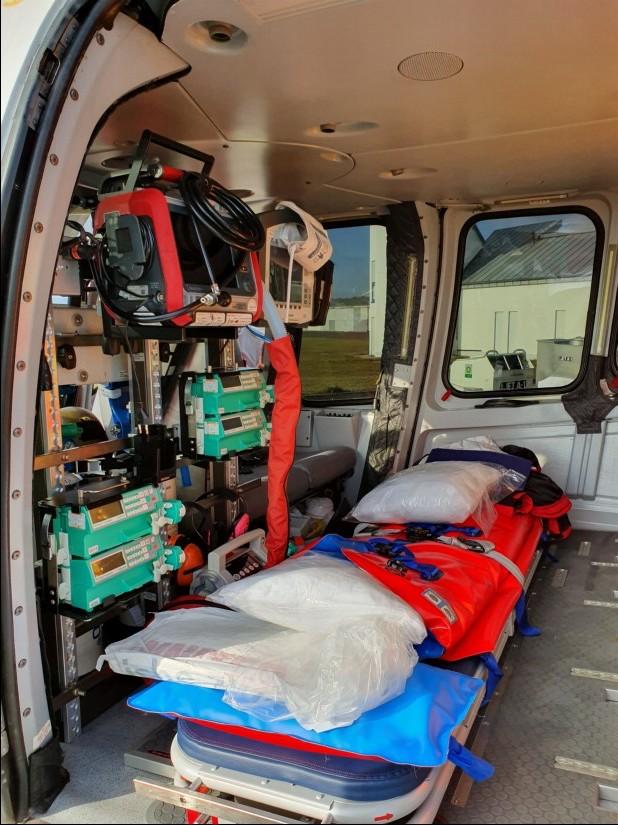 Freier Blick auf den Patienten und die Medizingeräte: für längere Transporte durchaus von Vorteil