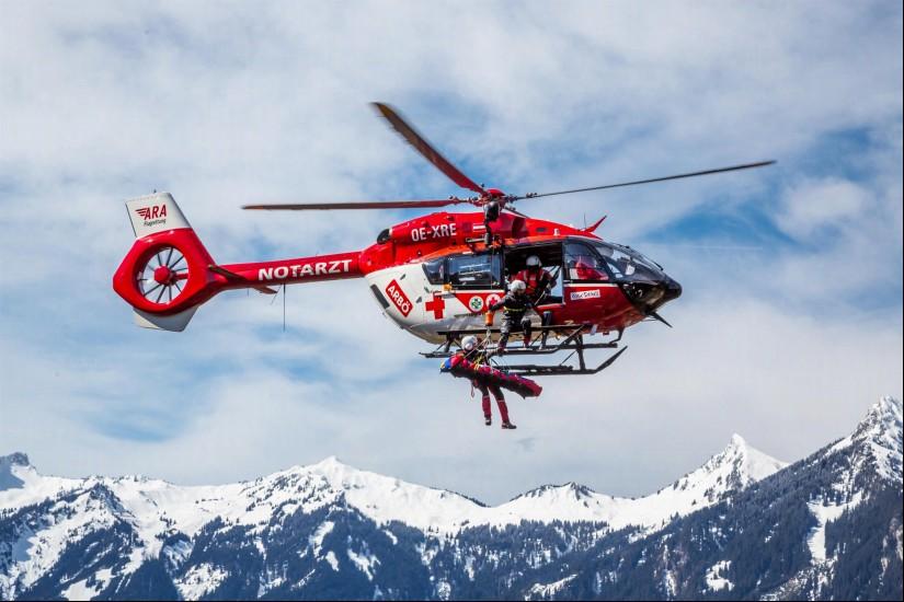 """Im Jahr 2019 wurde die Winde von den beiden ARA-Notarzthubschraubern """"RK-1"""" (Fresach/Kärnten) und """"RK-2"""" (Reutte/Tirol) 246-mal eingesetzt"""