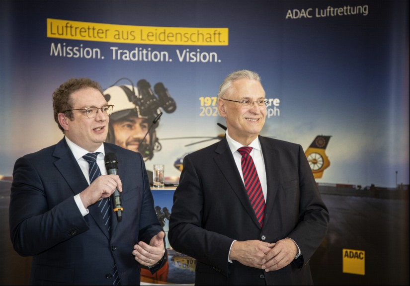 Frédéric Bruder, Geschäftsführer der ADAC Luftrettung, und Joachim Herrmann, Bayerischer Staatsminister des Innern