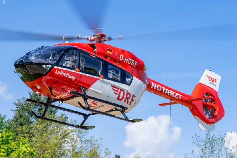 """Seit dem 8. Mai 2020 fliegt in Niebüll eine hochmoderne H145 als Dual-Use-Hubschrauber """"Christoph Europa 5"""""""