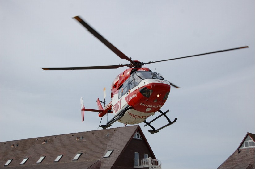 """Im August 2015 war """"Christoph Europa 5"""" – seinerzeit noch die BK 117 – auf der Nordsee-Insel Sylt im Einsatz"""