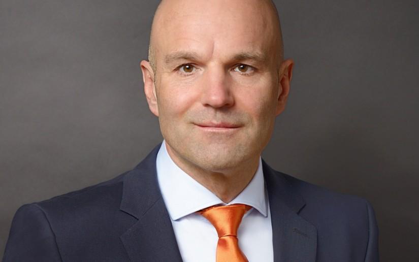 """Dr. Krystian Pracz, seit November 2017  Vorstandsvorsitzender der DRF Stiftung Luftrettung gemeinnützige AG, gab der """"Kleinen Zeitung"""" ein Interview"""