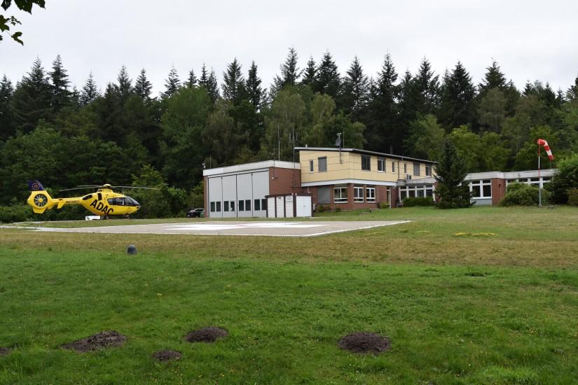 Seit 1983 betreibt die ADAC Luftrettung die Luftrettungsstation in Uelzen (Aufnahme aus dem Juli 2019)