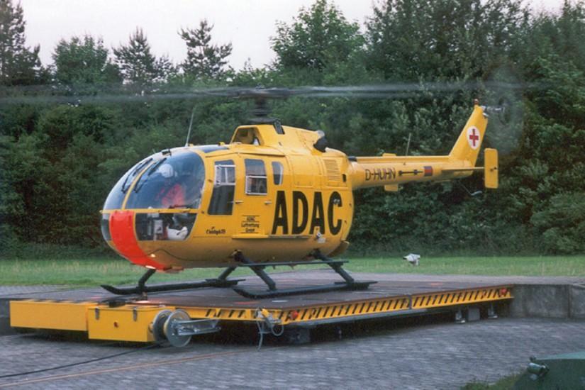 Im Frühjahr 1983 wurde die weiß-grüne SA 365 der PHuSt Niedersachsen durch eine gelbe BO 105 der ADAC Luftrettung abgelöst