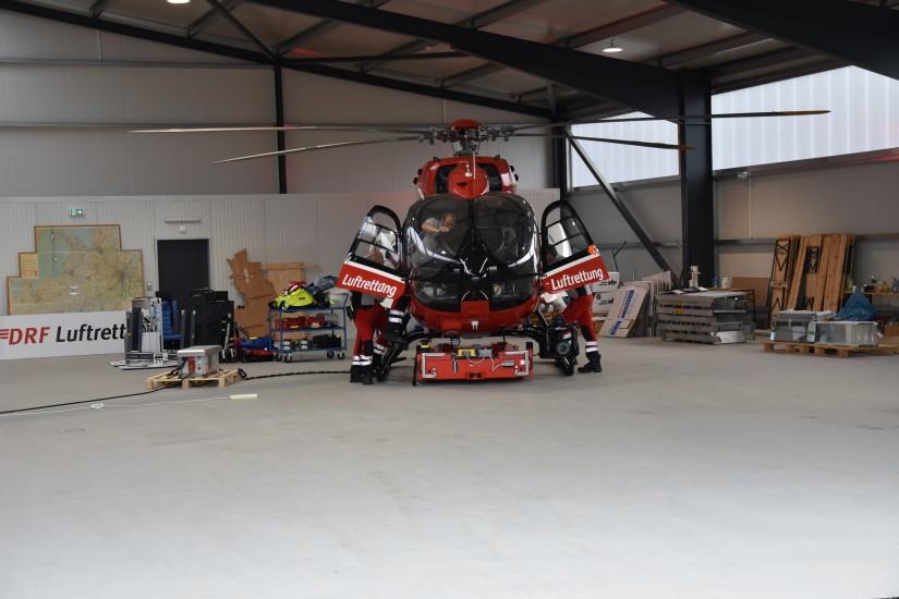 Noch ist viel zu tun, wie ein Blick in den neuen Hangar zeigt