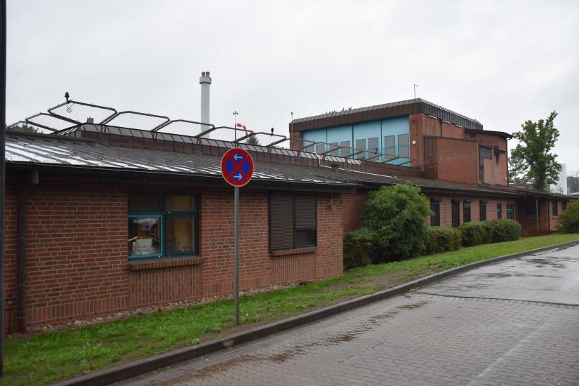 Seit Samstag (25.07.2020) verwaist: die ehemalige Station Rendsburg der DRF Luftrettung an der Imland-Klinik im Stadtzentrum von Rendsburg