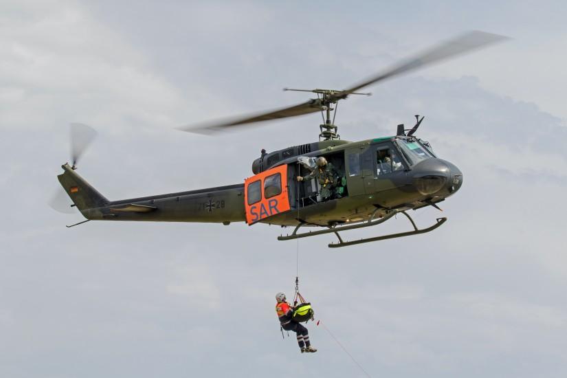 Der Hubschrauber bei der Übung