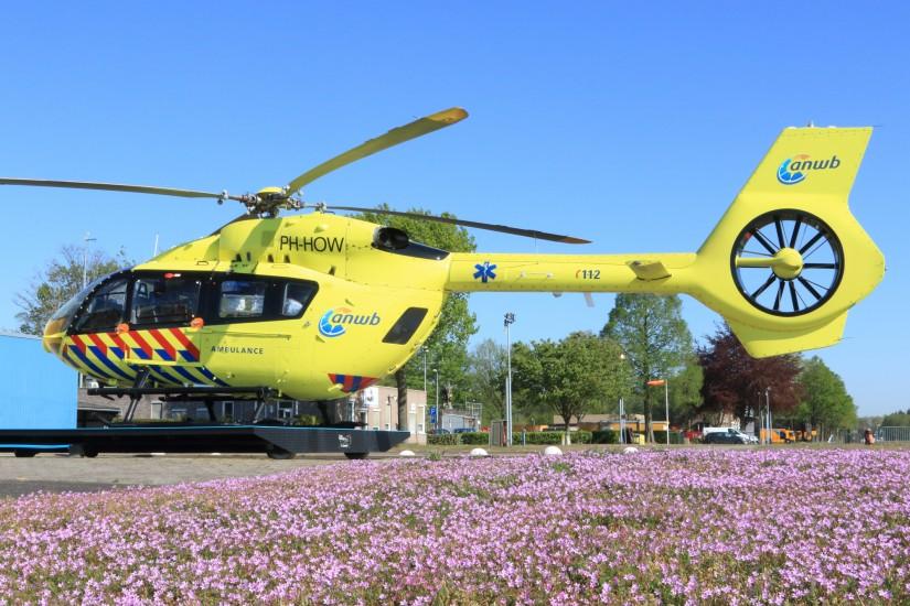 """Unschwer erkennbar ein Bild aus dem Frühjahr. """"Lifeliner 5"""" wartete auf seinen nächsten Einsatz"""