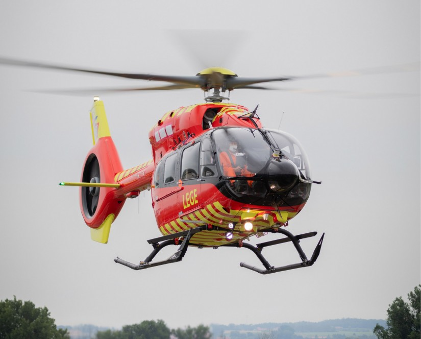 Die weltweit erste H145 mit 5-Blatt-Hauptrotor, bestimmt für den Rettungseinsatz in Norwegen
