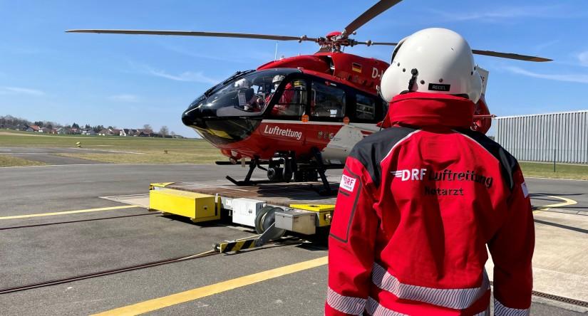 """Vor dem Start: Ab 1. April 2021 fliegt in Weiden statt der bisherigen EC 135 eine H145 als """"Christoph 80"""""""