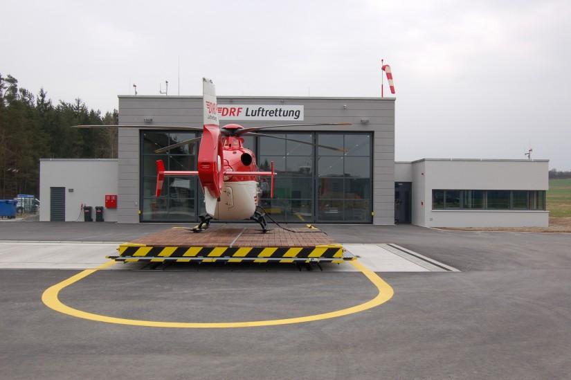 Vor genau zehn Jahren, am 1. April 2011, wurde die Luftrettungsstation Weiden in Betrieb genommen (die Aufnahme stammt aus dem April 2012)