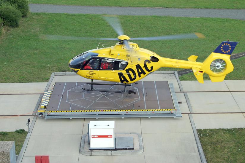 """Mit der D-HLEU als """"Christoph 10"""" beginnt Anfang 1997 in Wittlich die Erfolgsgeschichte der EC 135 in Diensten der ADAC Luftrettung"""