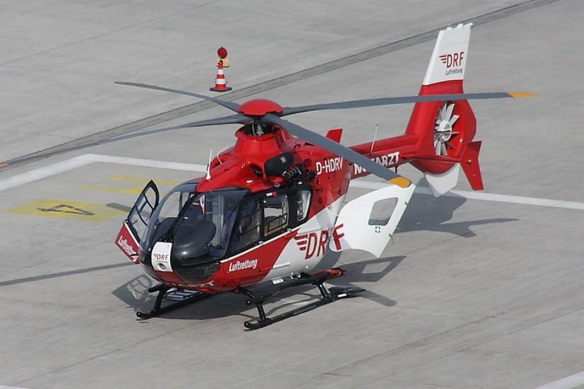 """""""Christoph 27"""" in Nürnberg ist die einzige EC 135 der DRF Luftrettung, die eine Rettungswinde mit sich führt"""