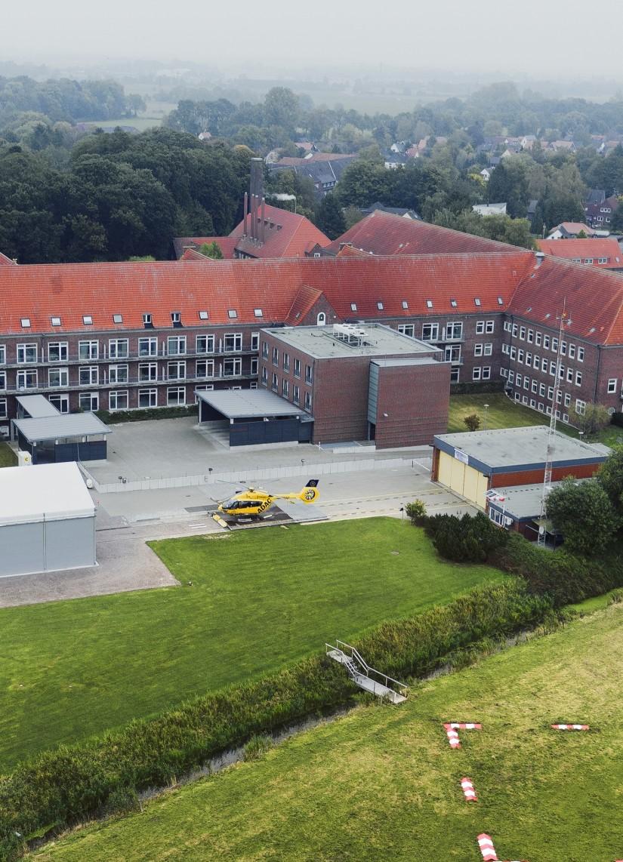 Inzwischen historische Luftaufnahme: Seit Mitte Mai 2021 fliegen die Gelben Engel von Mariensiel zu ihren Einsätzen; die Station am Nordwest-Krankenhaus ist verwaist