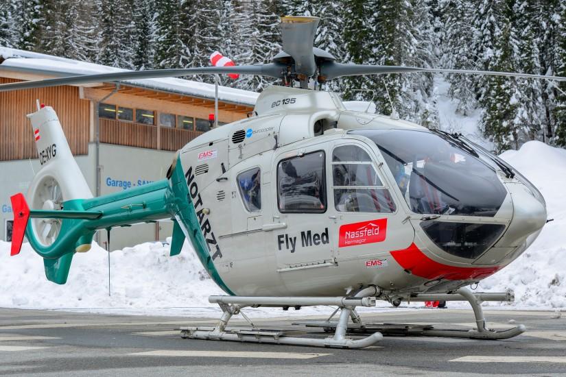 """Von 2008 bis 2020 war die grün-weiße EC 135 P2 """"OE-XYG"""" mit dem Rufnamen """"Airmed 1"""" fester Bestandteil der Notfallversorgung am Kärntner Nassfeld während der Skisaison"""