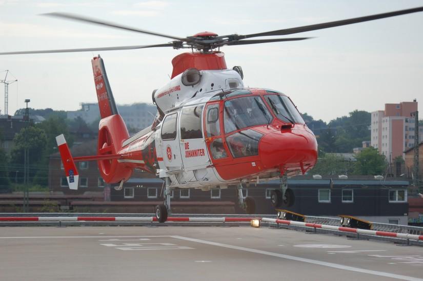 """Im Mittelpunkt von Veranstaltungen wie dem Tag der offenen Tür am Johanniter-Luftrettungszentrum """"Christoph Gießen"""" steht natürlich der namengebende Hubschrauber selbst"""