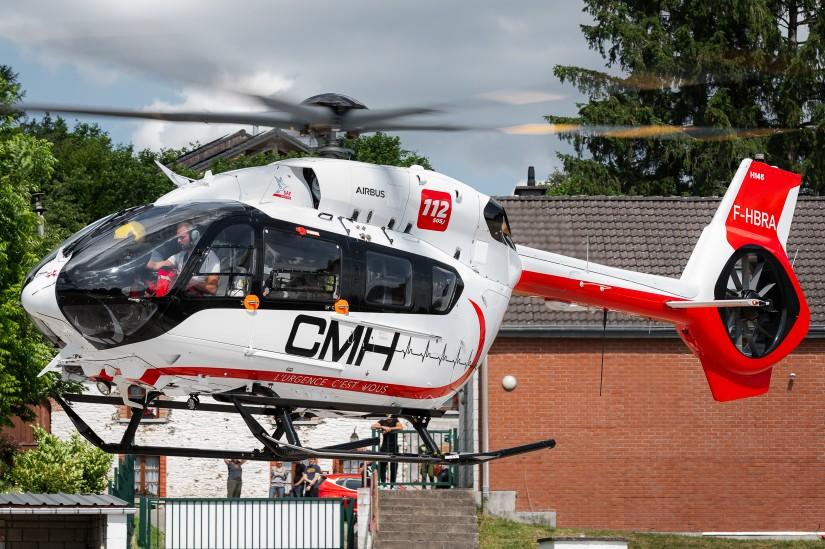 """Die BK 117 D3 """"F-HBRA"""" startet Ende Juni 2021 in Bra-sur-Lienne zu einem Trainingsflug"""