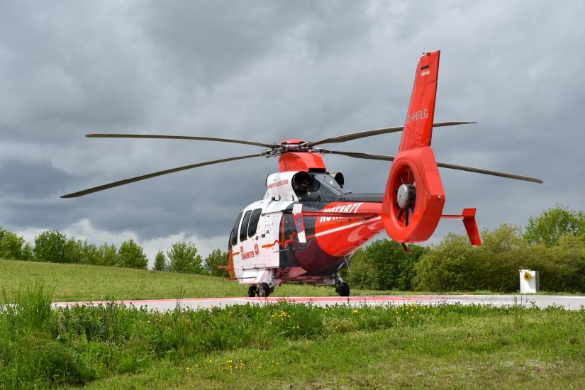 Seit dem Frühjahr 2013 bewerben die Intensivtransporthubschrauber der Johanniter Luftrettung den Euronotruf 112 – so auch die neue EC 155 B1