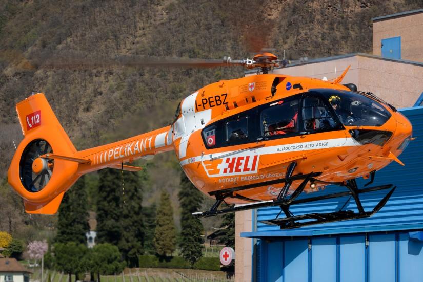 Auch die HELI Flugrettung Südtirol hat bei der Umlackierung ihrer H145 von Gelb auf Orange vom Landesnotruf 118 auf den Euronotruf 112 umgestellt