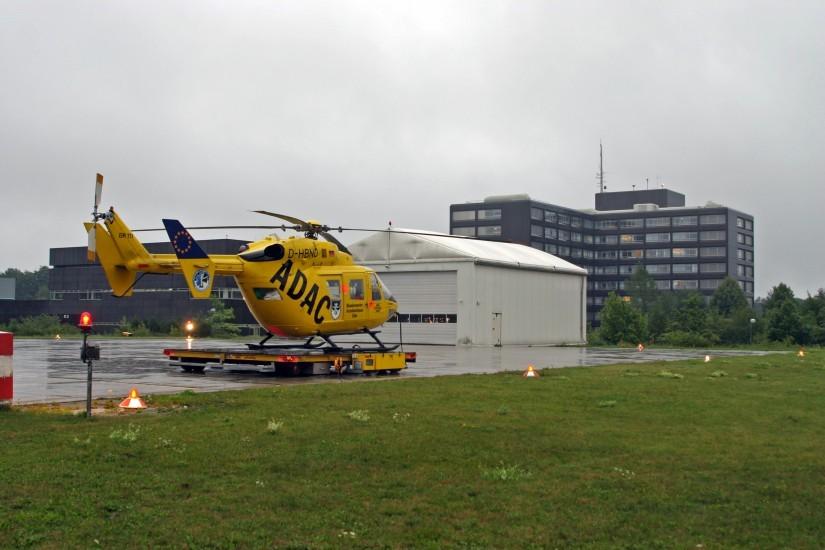 Nach dem Wechsel an die ADAC Luftrettung kam in Ulm eine MBB/Kawasaki BK 117 zum Einsatz, welches infolge den Neubau eines größeren und moderneren Hangars mit Sozialtrakt erforderlich machte.
