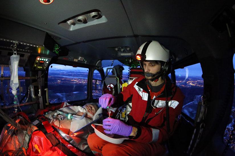 Hochmoderne Medizintechnik im Hubschrauber