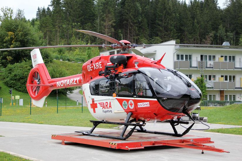 """Eine H145 der ARA Flugrettung in Reutte als """"RK 2"""""""