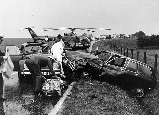 Unfall in Norddeutschland. Zu Hilfe eilte auch ein DRF-Team mit ihrer BO 105 aus Rendsburg