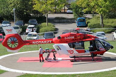 Rettungshubschrauber BK 117 im Flug