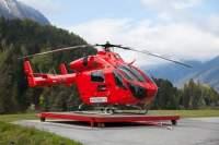 """Eine MD """"Explorer"""" im gleichen Farbkleid wie diese von Heli Tirol will Heli Austria in Oberösterreich vom dortigen Standort einsetzen"""