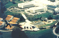D-HUKM beim Überflug über die BG-Unfallklinik Murnau