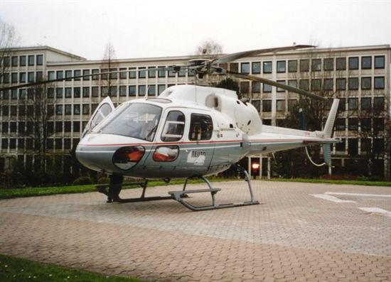 D-HKEV, eine AS 355, für die TeutoAir am Klinikum Lippe-Detmold