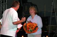 Auch ADAC Mitarbeiter aus München waren zu der Feier angereist. Hier Susanne Matzke-Ahl, Geschäftsführerin ADAC-Luftrettung GmbH.
