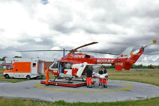 Schnittstelle Landeplatz - Übergabe des Patienten an die Luftretter