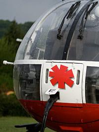 Neuer Frontaufkleber der BO 105 der DRF mit Steiger-Stern