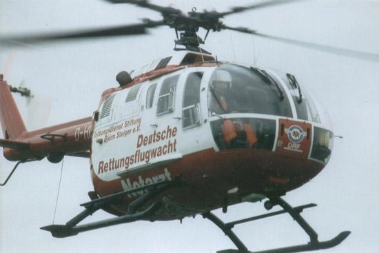 BO 105 von der DRF beim Abflug vom LRZ Ochsenfurt