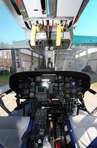 Das Cockpit der Dauphin