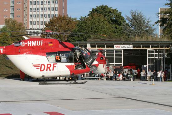 """Die BK 117 bei einem """"Kurzbesuch"""" am Standort zum Refueling zwischen 2 Einsätzen am Spätnachmittag"""