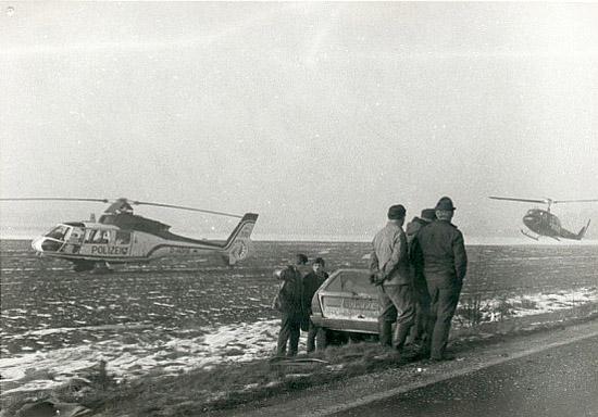 """""""Phönix 14"""" (Ersatzmaschine) und SAR 71 im Einsatz bei einem Verkehrsunfall im Raum Rotenburg"""
