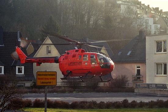 """""""Christoph 3"""" landet zu einem Sekundäreinsatz am St. Marienkrankenhaus in Siegen"""