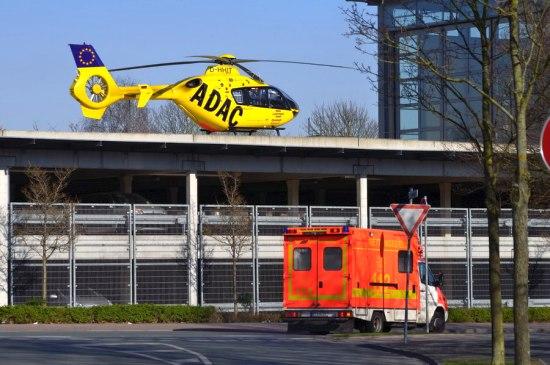 Das neue Luftrettungszentrum in der Lindenstraße. Es dient zugleich als Landeplatz für das Mathias-Spital