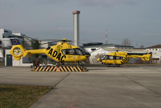 """Eurocopter im Doppelpack, die EC 145 """"Christoph 77"""" zu Besuch in Koblenz bei """"Christoph 23"""" (EC 135)"""
