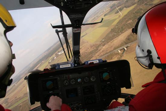Auf dem Weg zu einem Einsatz – Blick aus dem Cockpit