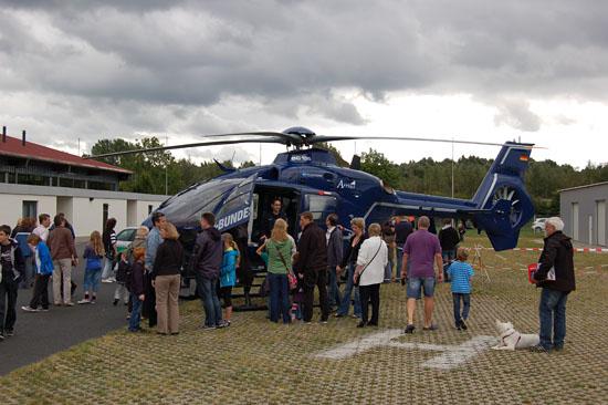 Nur im Static Display zu sehen war die blaue EC 135 (D-HVBM), die mit dem ZSH-RTH-Rüstsatz ausgestattet war