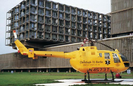 """""""Christoph 31"""" flog anfangs mit dem US-Betreiber """"Omniflight Airways"""" (hier eine Aufnahme aus dem Jahr 1987)"""