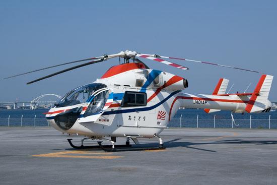 MD 902, aufgenommen im Jahre 2008 am Maishima Heliport in Konohana-ku, Osaka, Osaka Prefecture, Japan