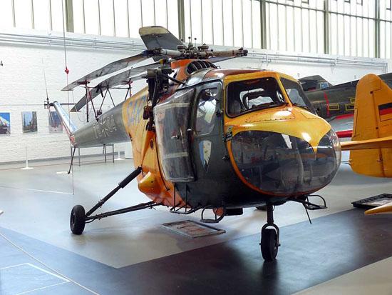"""Das erste flächendeckende SAR-Netz wurde mit der Bristol 171 """"Sycamore"""" aufgebaut. Er wurde durch die UH-1D abgelöst und 1969 außer Dienst gestellt"""