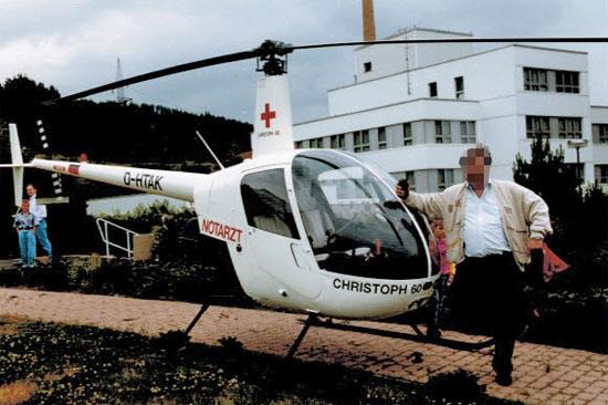 Stellte vom 1. Mai bis 31. Dezember 1993 die Luftrettung im südthüringischen Raum sicher: der NEH vom Typ Robinson R 22 (hier die D-HTAK)