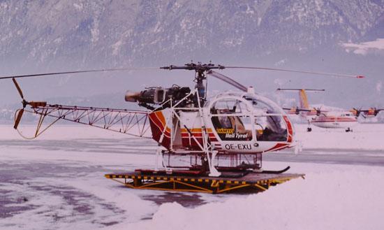 """Bei Engpässen kam auch die SA 315 """"Lama"""" zum Einsatz. Auch dieser Hubschraubertyp ist im Nachbarland Schweiz quasi zur Ikone der Alpenfliegerei geworden"""