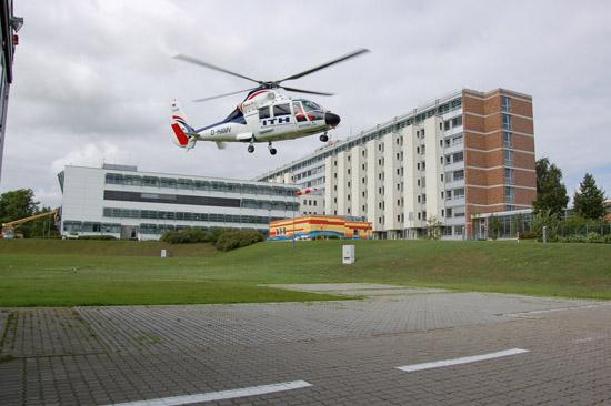 Im Jahr 2010 wurde die A109 durch eine AS 365N abgelöst ...