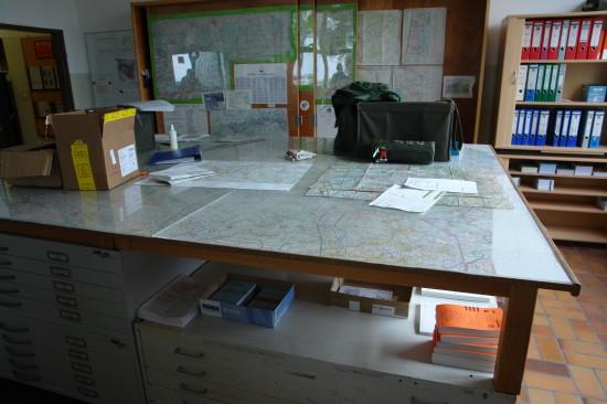 Kartenraum für die Flugplanung und Missionsvorbereitung